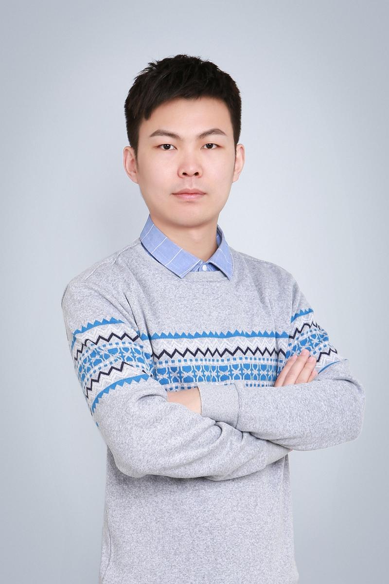 Qiyu Hou (侯启予)